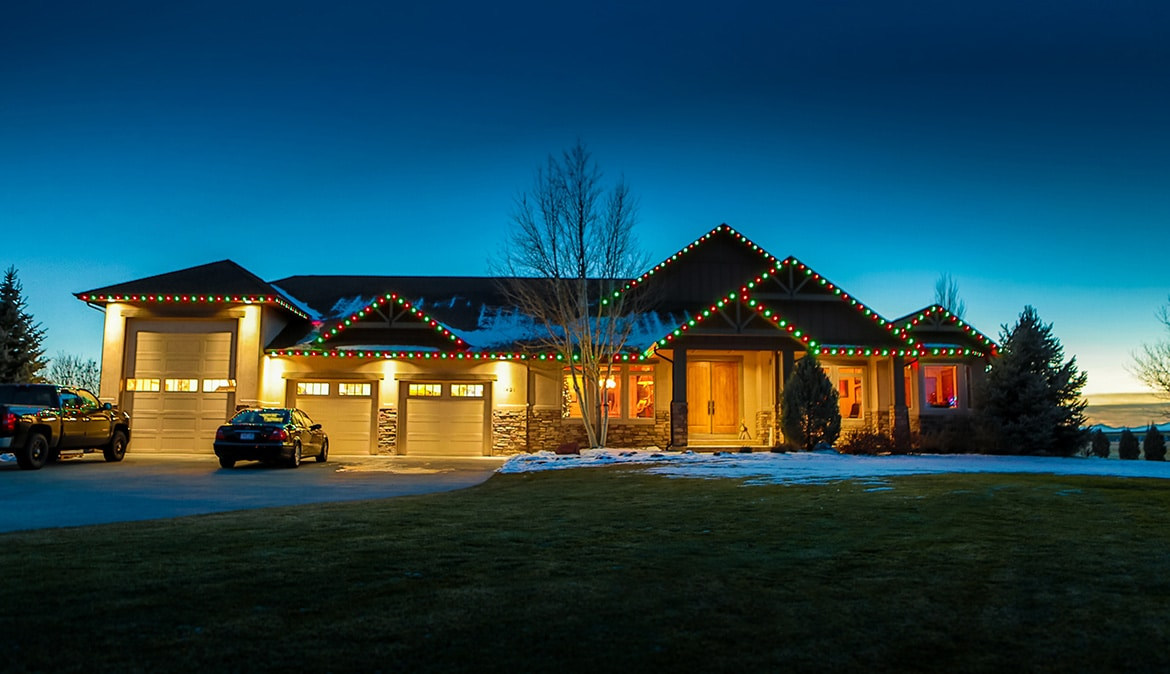 Oelo's permanent Christmas lights allow your home to immediately become festive for the holidays.
