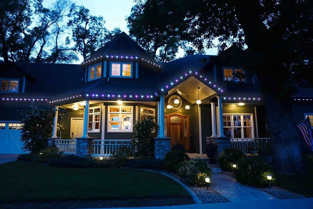 Permanent Christmas Lights.Decorating With Permanent Christmas Lights Year Round Oelo